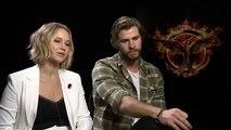 Jennifer Lawrence & Liam Hemsworth The Hunger Games: Mockingjay Part 1