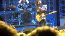 Pearl Jam @ Ziggo Dome Amsterdam 26 Juni 2012. Eddie Vedder spreekt Nederlands + Elderly Woman...