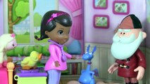 Doc McStuffins Santa Claus Breaks A Toy! Christmas Toy Parody! Full Playtime Episode Kids