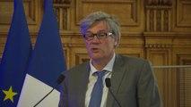 Stéphane Le Foll présente le rapport Recherche-Innovation filière forêt-bois
