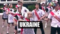 Teachers bust dance moves for school leavers - BBC Trending