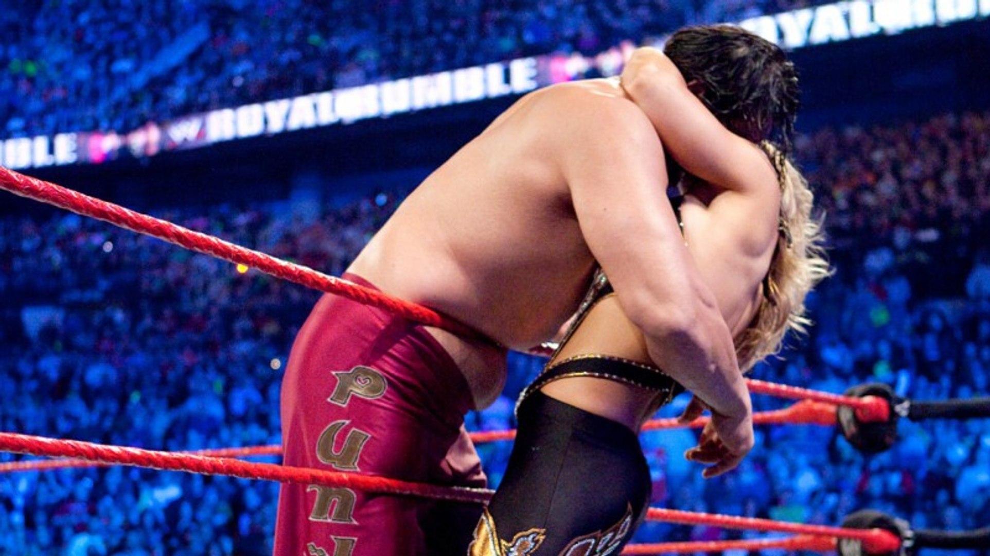 WWE Universe Hot High Impact Kiss | Hot Diva Kiss | Top Kiss In WWE | Love Moments In WWE