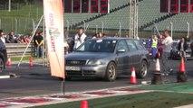 Audi RS4 Biturbo 700 HP Vs. Seat Toledo