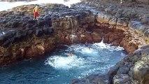 Hawaii - Kauai - Queen's Bath - Near Death - video dailymotion