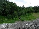 "Jump + chute descente de ""Bonobo"" VTT 2 alpes"