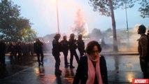 Paris : il fait le malin avec un CRS et prend un coup de matraque