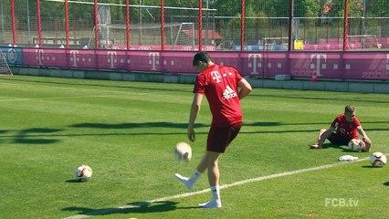 Lewandowski abusou da habilidade em treino do Bayern