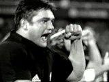 New Zealand Rugby Team - The Haka (Maori War Chant)
