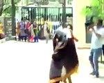 Bangalore: Hindu Girls making Fun of Burqa- A Muslim Girl fiGhting them in respect to her burqa