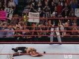 018 WWE 24-10-05 Rey Misterio Hits The 619 On Lita