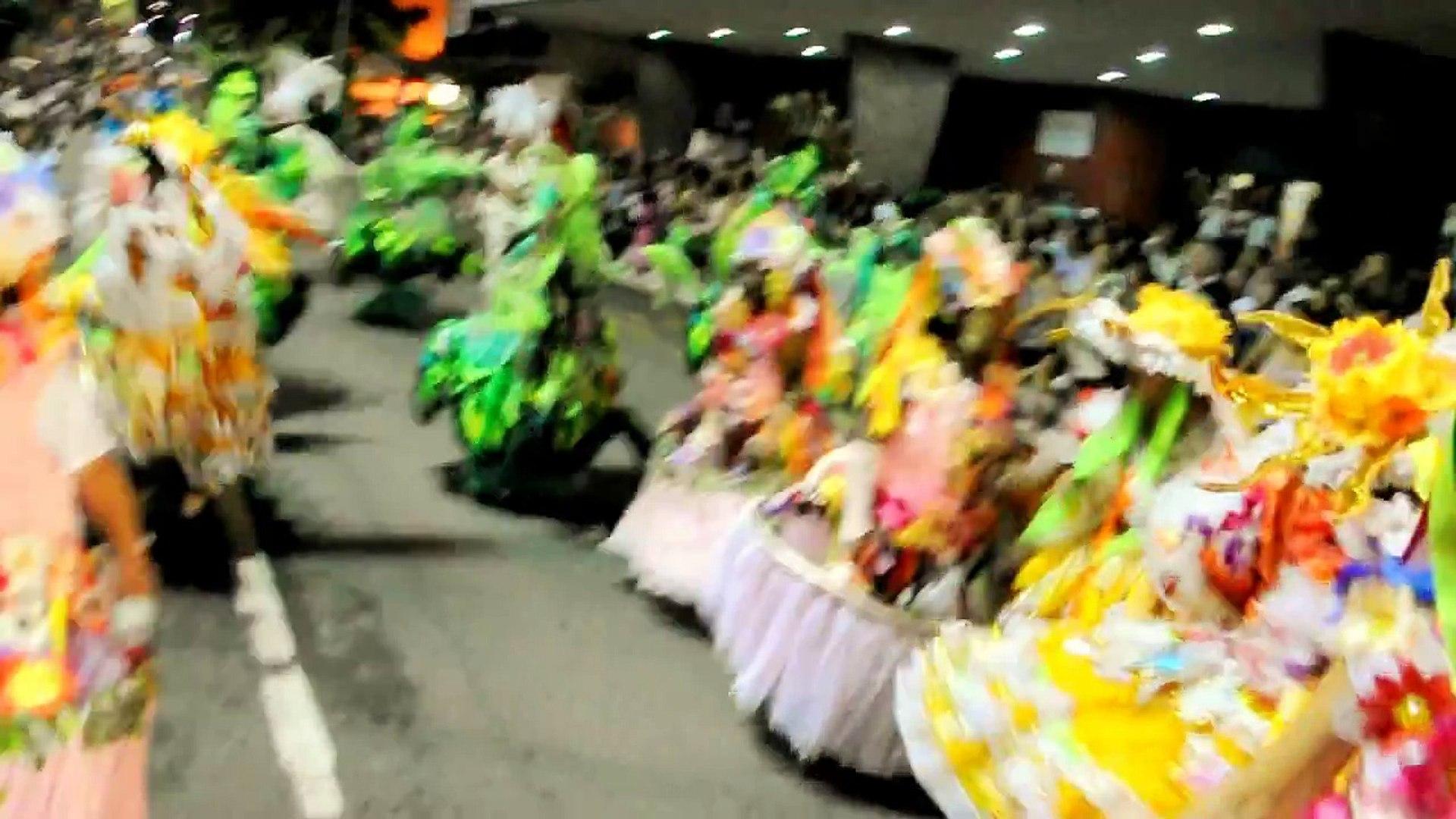 Carnaval 2012  desfile do Campeão - 1 - Bloco Quero Mais