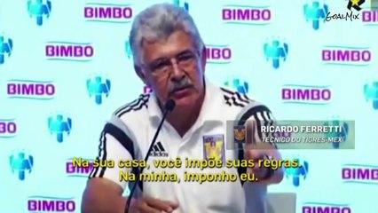 Técnico brasileiro se irrita em coletiva e xinga muito