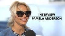EXCLU Alerte à Malibu : Pamela Anderson nous en dit plus sur son rôle dans le film