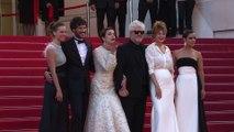 Cannes: acteurs, réalisateurs et mannequins sur le tapis rouge