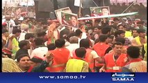 PTI supporters ek dusry py toot pary-PTI supporters turn on each other amid rally preparations