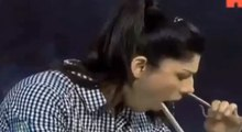 Most Dangerous Audition A Girl Cross the Snake From Nose To Mouth in Waqar Zaka Show Over The Edge
