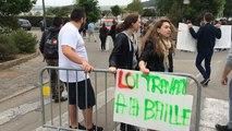 Loi travail: les lycéens manifestent dans les rues de Châteaulin