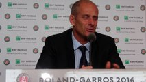 "Roland-Garros 2016 - Guy Forget : ""Roger Federer était cette exception"""