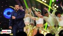 Salman Khan sends Three Bodyguards for Iulia Vantur ?