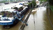 À Paris, la Seine en crue et la fermeture des voies sur berges provoquent des embouteillages monstres !