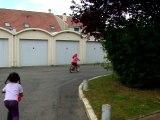 2006.06.21 Cassi fait du vélo sans roulette 007