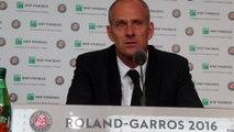 """Roland-Garros 2016 - Guy Forget : """"On serait pas mieux avec un toit à Roland-Garros ?"""""""