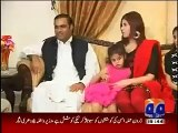 See Abid Sher Ali Shamed When Her Daughter Talking About Him-Shocking Reply of  Abil Sher Ali Beti -Mere Papa Main Aik Bhi Achi Baat Nahi - Abid Sher Ali
