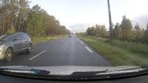 voiture en face route en direction de blagon
