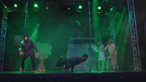 8-Month Pregnant Pole Dancer Wows the Crowd at Pole Theatre UK