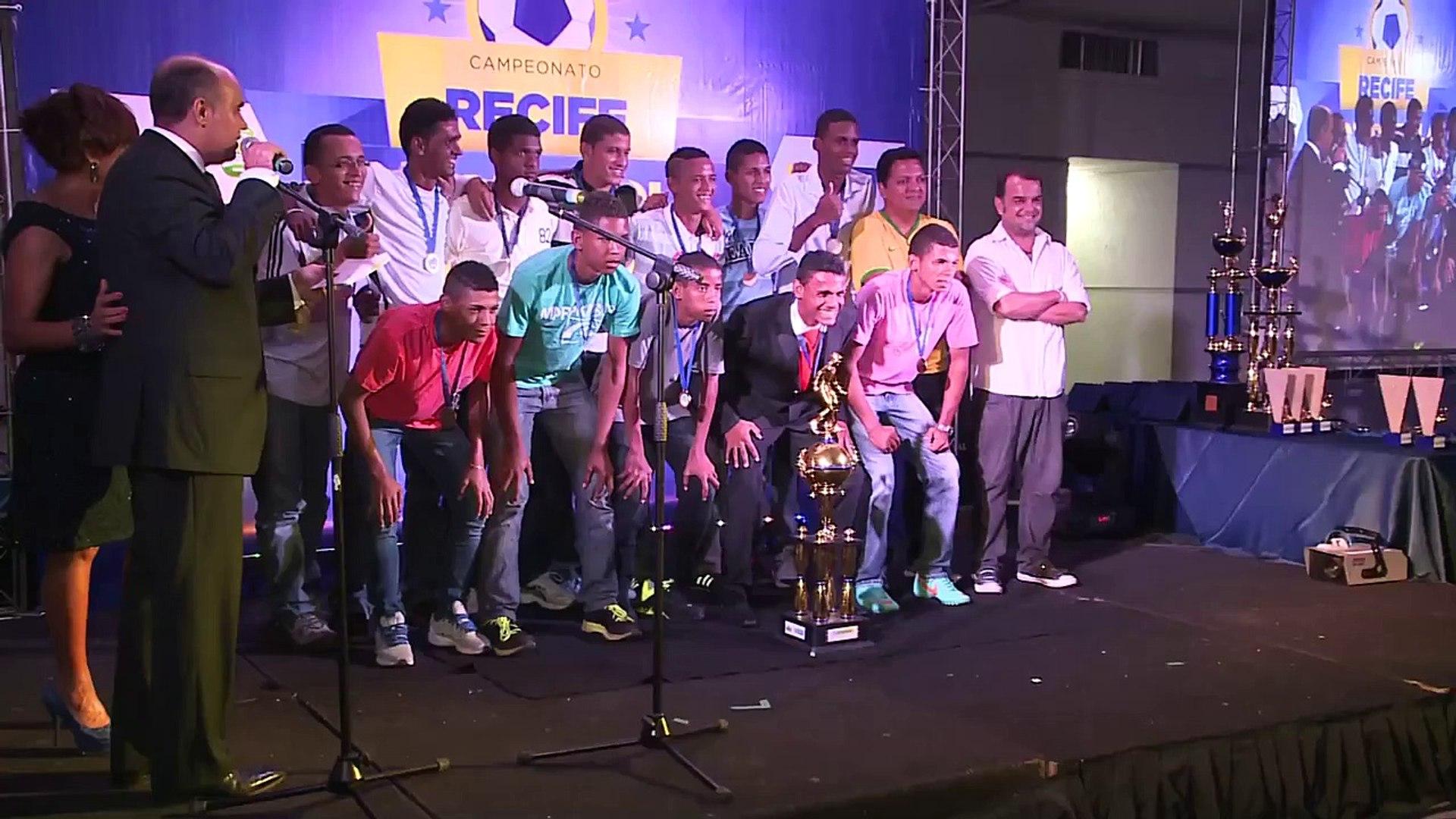 Replay - Premiação e Seleção Liga Campeões de Bola - Recife Bom de Bola 17 12 13 TV Jornal / SBT