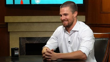 """How Stephen Amell feels about Drake calling himself the """"6 God"""""""
