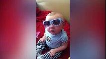 Ce bébé a vraiment la classe avec ses lunettes...