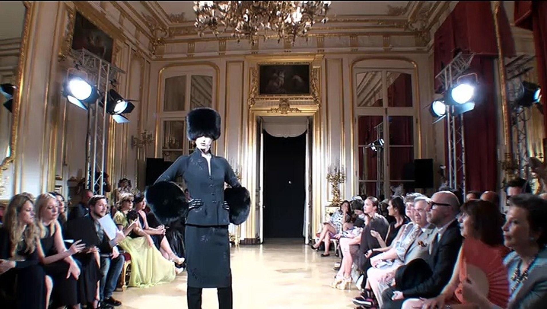 Fashion Week Paris - Yanina Fashion House /02