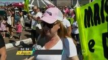 Grupo de mulheres protestam contra a cultura do estupro em Brasília