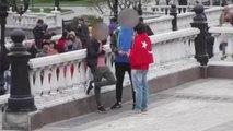Kızıl Meydan'da Türk Bayrağı ile Dolaşıp Rusların Tepkisini Ölçtü
