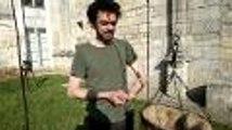 La machine à regarder sous les jupes des filles (vidéo Renaud Joubert)