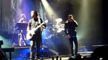 Linkin Park - Waiting For The End - Live Paris Bercy 25 10 2010 HD