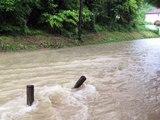 Inondations: alerte rouge dans le Loiret, le centre et l'est les pieds dans l'eau