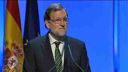 Rajoy afirma que España mejorará su «historia de éxito» si mantiene el rumbo
