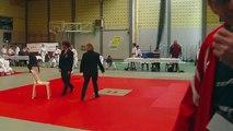 Compétition de judo d'Amandine à Dottignies - Combat 1 - Classement: 1ère - 29/03/2014