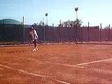 2006-09-29 me playing tennis 3
