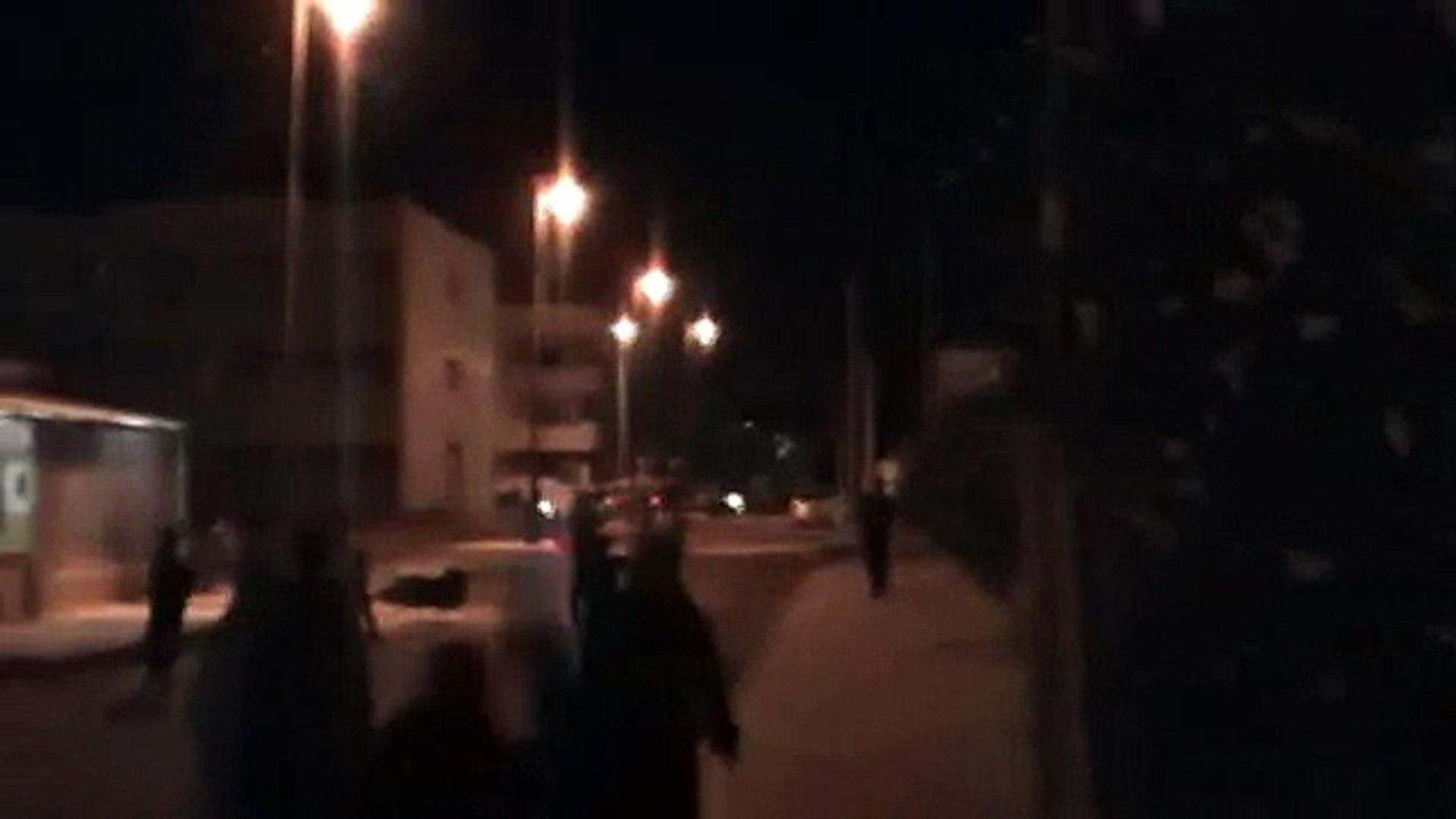 درعا حي السبيل 17 ايلول قنابل غاز غريبة تنشطر الى اجزاء