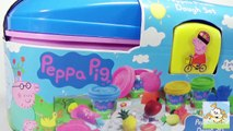 Play Doh Surprise eggs  PLAY DOH Peppa Pig Picnic Mummy Pig Daddy Pig  Peppa Pig