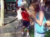 jonglage dans les rues de barcelone