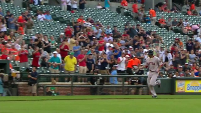 5-31-16 - Betts rips three homers in Red Sox's 6-2 win
