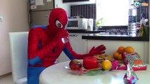 Spiderman & Batman. Бэтмен спасает Человека Паука. Ярослава и Супергерои. Видео для детей