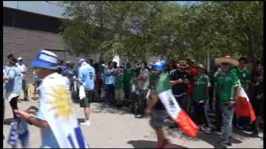 Las altas temperaturas caldean el ambiente antes del México-Uruguay