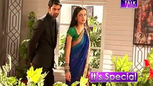 028. Iss Pyaar Koo Kya Naam Doon (IPKKND) (OffScreen Moments) Khushi reveals secrets about Arnav
