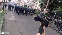 Quand les CRS jouent au foot en pleine manifestation... Violence policière. Ahahah