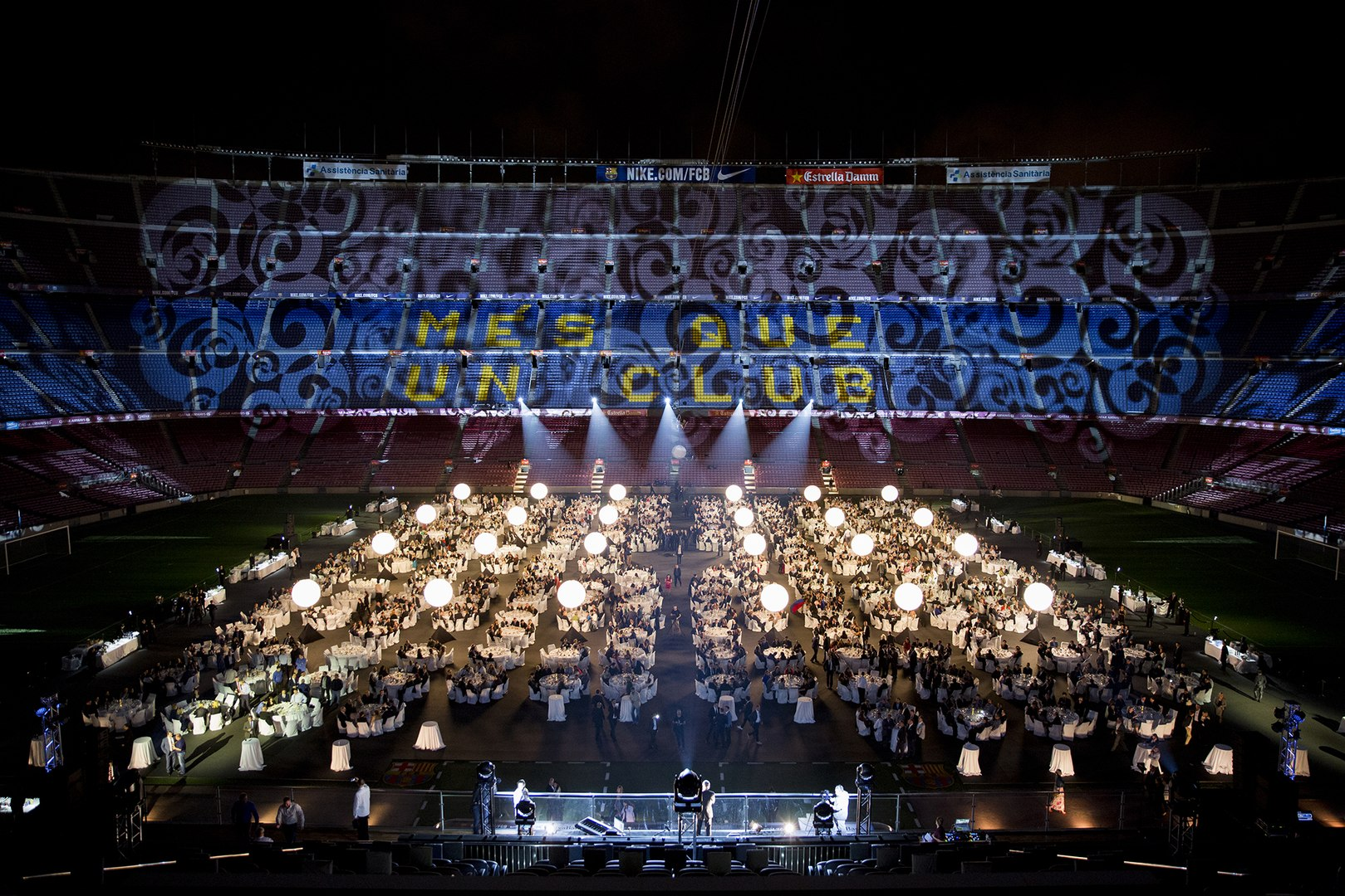 Enjoy the Camp Nou, a unique setting for a Magical Event – Mettings & Events